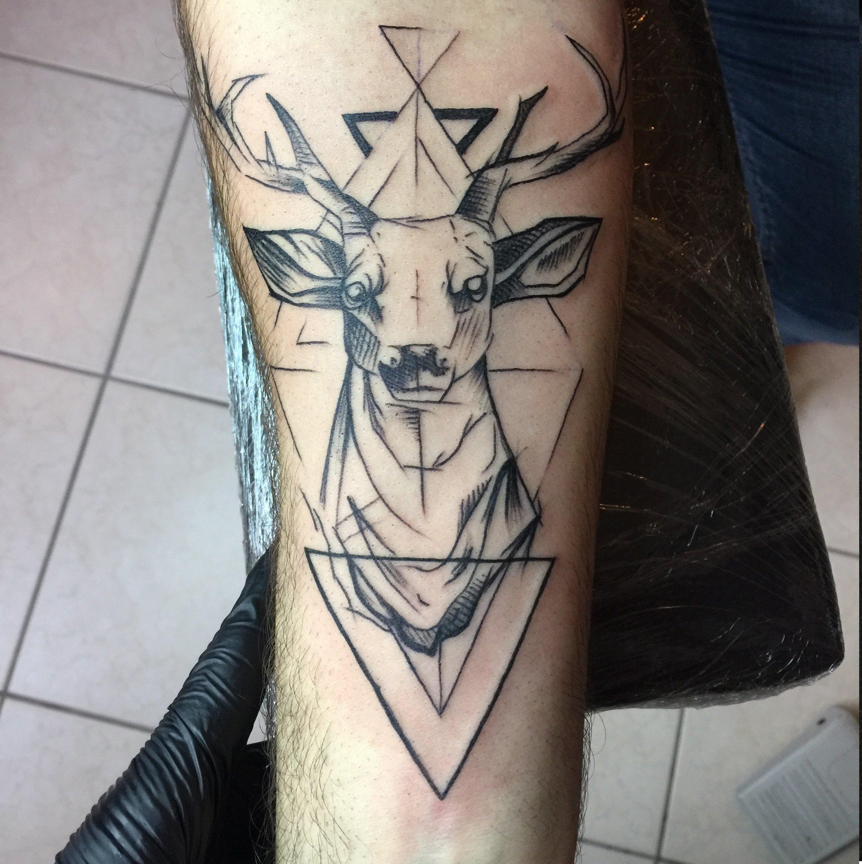 Tatuaggio di un cervo