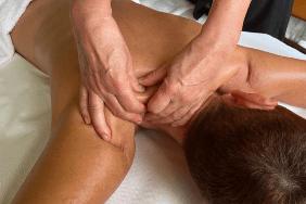 trattamenti estetici massaggio corpo centro estetico la rugiada castiglione delle stiviere mantova